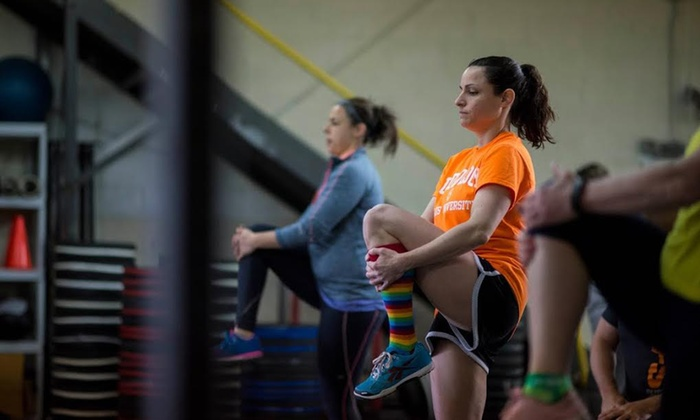 CrossFit SOAR - Hawthorne: 6 Beginner CrossFit Lite Classes, or 30- or 60-Day MetCon Mania Boot Camp at CrossFit SOAR (Up to 75% Off)