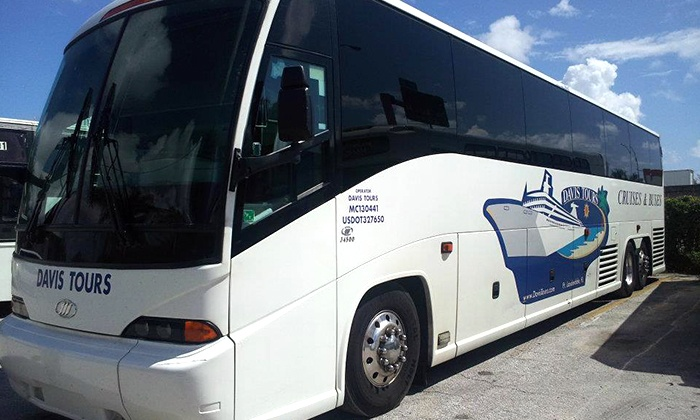 Davis Tours & Bus Charter - Fort Lauderdale: $79 for Luxury Chartered Bus Day Trip to Key West from Davis Tours & Bus Charter ($175 Value)