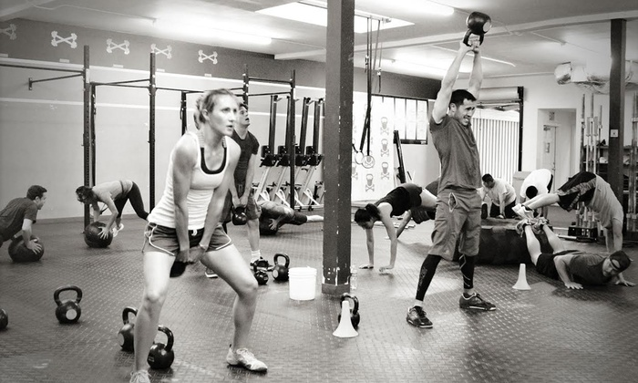 Vault Crossfit - North Hollywood: 5, 10, or 15 CrossFit Classes at Vault Crossfit (Up to 73% Off)