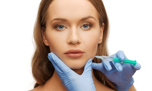Clínica Médica Reino: Recontorneado de labios con ácido hialurónico por 44 € en Clínica Médica Reino