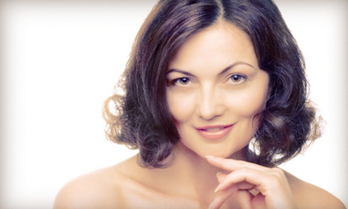 La Vita Salon and Spa - La Vita Salon & Spa: C$129 for Three Elos Laser Skin-Tightening Treatments with Collagen Gel at La Vita Salon and Spa (C$600 Value)
