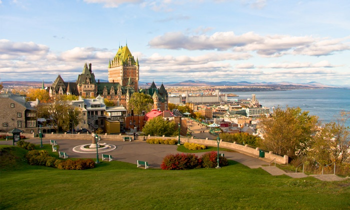 Auberge Amérik - Quebec City, QC: 2-, 3-, or 4-Night Stay for Two with Local Travel Package at Auberge Amérik in Quebec City, QC. Combine Up to 12 Nights.