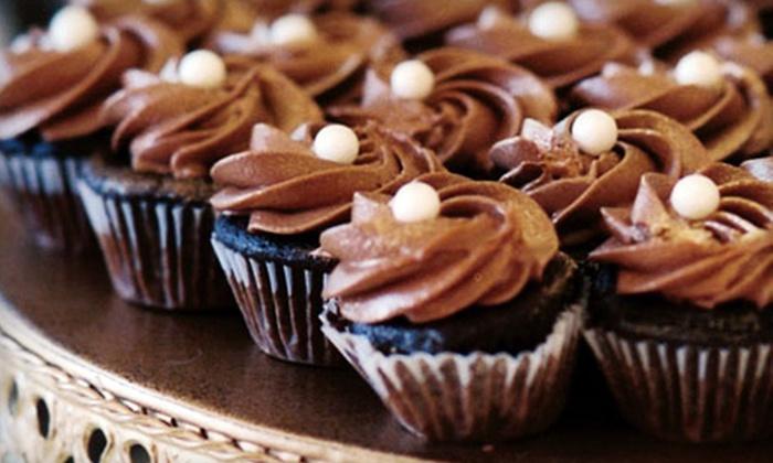 La Dolce Pesca - Downtown Scottsdale: $21 for One Dozen Gourmet Cupcakes at La Dolce Pesca ($42 Value)