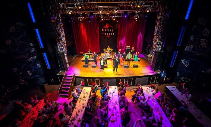 Kirk Franklin Presents Gospel Brunch - House of Blues Dallas: Kirk Franklin Presents Gospel Brunch Package at House of Blues Dallas on October 26 at 11:30 a.m. (Up to 50% Off)