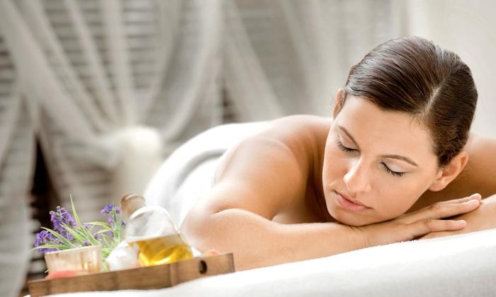 Pura Vida Massage & Wellness - Lake Oswego: $35 for 60-Minute Relaxation Massage at Pura Vida Massage & Wellness ($70 Value)