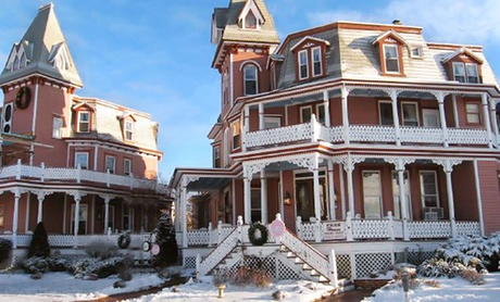 Beachfront Victorian B&B with Unique History