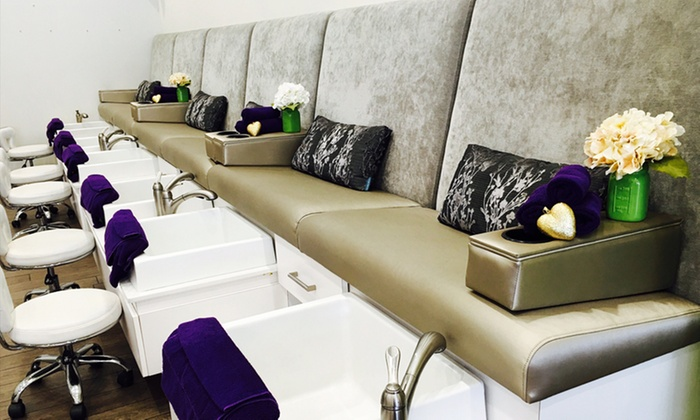 Luxebar - Luxebar: One or Two Gel Manicures with Paraffin Treatments at Luxebar (Up to 64% Off)
