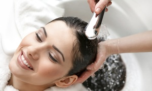 Maxx Hair Studio: $17 for a Shampoo, Haircut, and Deep Conditioning at Maxx Hair Studio ($55 Value)