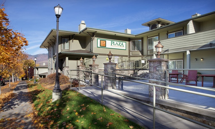 Plaza Inn & Suites - Ashland: One- or Two-Night Stay with Wine and Chocolate at Plaza Inn & Suites in Ashland, OR