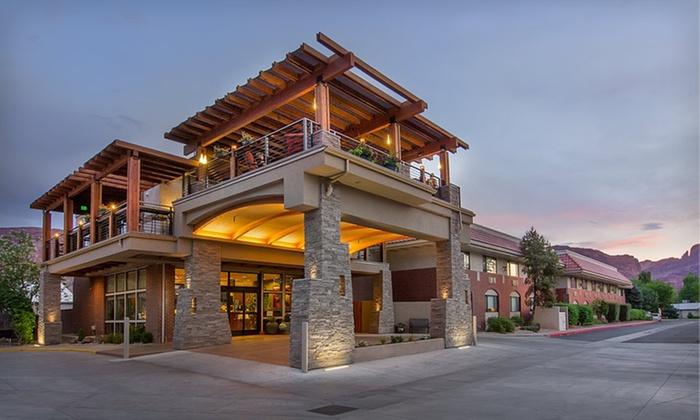 Hotel In Utah S Red Rock Country