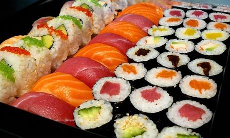 Japonés con sushi, teriyaki o tallarines y postre para dos o cuatro personas desde 19,95 €