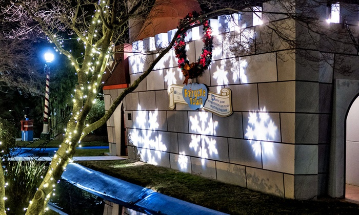 Fairytale Town - Southwestern Sacramento: Visit for Four to Winter Wonderland at Fairytale Town (Up to 45% off)