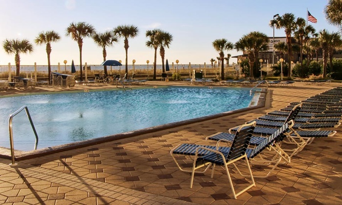 The Summit Beach Resort - Panama City Beach, FL: Stay at The Summit Beach Resort in Panama City Beach, FL; Dates into February Available