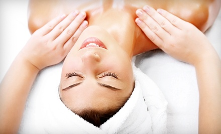 One 1 hour relaxation massage with apricot manipedi scrub