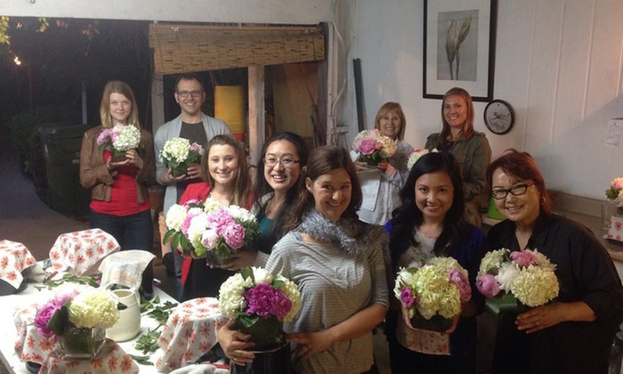 A Bed of Roses - LA - Palms: Up to 55% Off Flower Arranging Courses at A Bed of Roses - LA