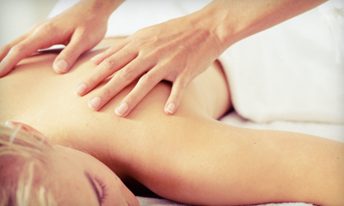 Chiropractic Family and Sports Injury - Franklin Lakes: Consultation with One, Three, or Five Massages and Adjustments at Chiropractic Family and Sports Injury (Up to 92% Off)