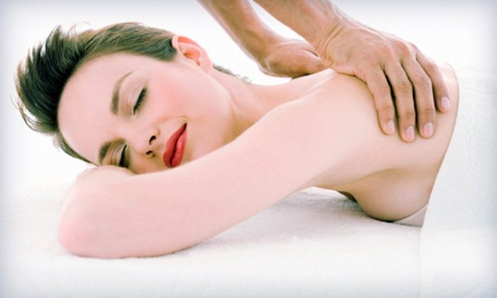 New Health Centers - Wyoming: $29 for a Pain Consultation and One-Hour Massage at New Health Centers ($164 Value). Two Locations Available.