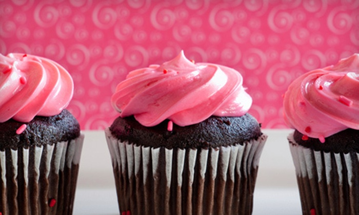 Rich's House of Cakes - Multiple Locations: $10 for Two Dozen Mini Cupcakes at Rich's House of Cakes ($20 Value)