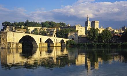 Avignon: 1 nuit en chambre Confort avec petit déjeuner et dîner en option à lHôtel du Palais des Papes pour 2 pers.