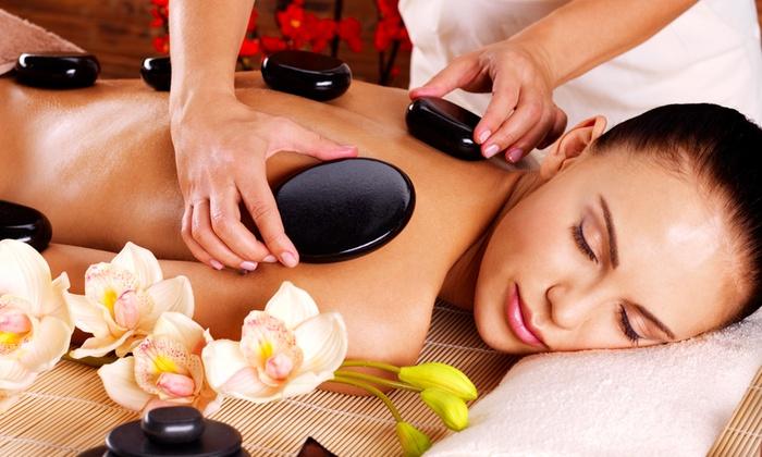Centro estetico Ego - Centro Estetico Ego: 3 massaggi di 50 minuti con fanghi specifici da 29 € (-72%)