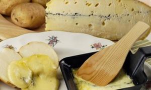 Crêperie La Saisonnière: Raclette normande ou grande salade et dessert au choix pour 2 personnes à 19,90 € à la Crêperie La Saisonnière