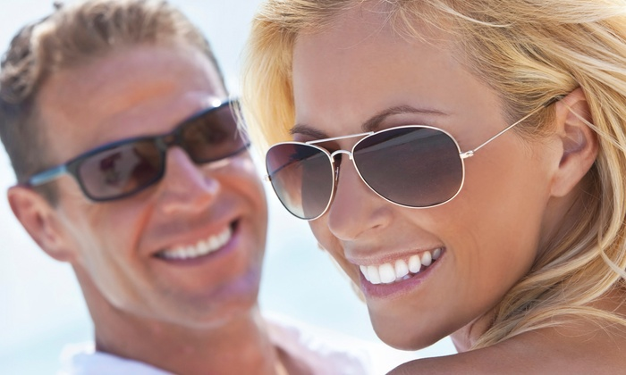Smiley Dental - Multiple Locations: $19 for a Dental Package at Smiley Dental ($289 Value)