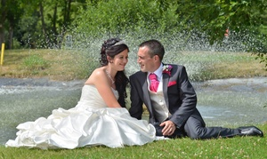 Akasi Photography: Choice of Wedding Photography with Digital Images and Prints from Akasi Photography (Up to 55% Off)