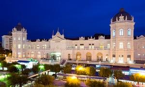 Gran Casino Sardinero: Entrada al Gran Casino Sardinero con copa para 2, 4, 6, 8 o 10 personas desde 9,90 €