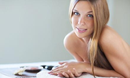 Pulizia viso, massaggio corpo fino a un'ora, ceretta, manicure e pedicure, scrub e pressoterapia (sconto fino a 82%)
