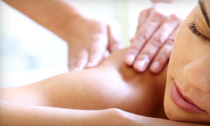 Elan Day Spa - Midtown: $39 for a 55-Minute Custom Massage at Elan Day Spa (Up to $80 Value)