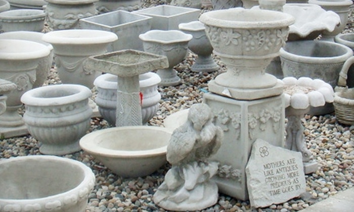 Décor Statuette - Sterling Heights: $35 for $75 Worth of Home Furnishings, Garden Décor, and Accessories at Décor Statuette in Sterling Heights