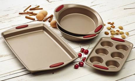 Rachael Ray Cucina Nonstick Bakeware (4- or 10-Piece Sets) 072f0e40-fe21-11e6-8284-002590604002