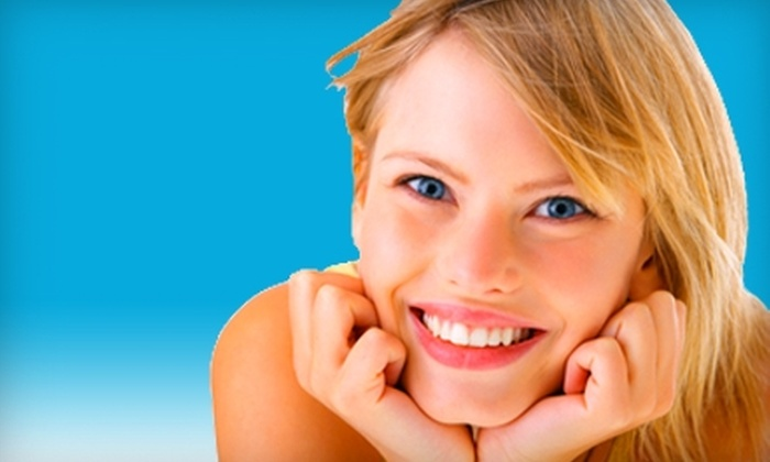 Right Dental Group - Multiple Locations: $35 for a Dental Exam, Cleaning, and X-rays at Right Dental Group ($300 Value). Four Locations Available.