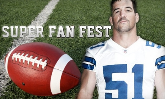The Keith Brooking Children's Foundation - Oak Lawn: $50 Ticket to Albertsons Super Fan Fest Benefitting the Keith Brooking Children's Foundation ($100 Value)