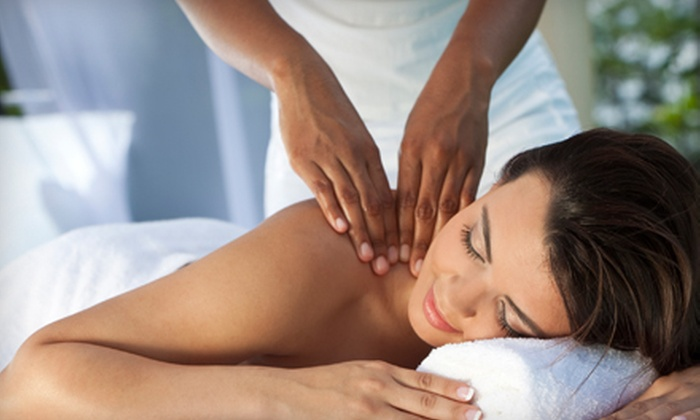 Queens Center Chiropractic - Elmhurst: $29 for a Deep-Tissue Massage and Chiropractic Package at Queens Center Chiropractic in Elmhurst ($235 Value)