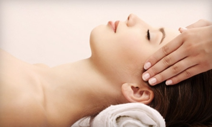 Get In Touch - Blue Ash: $35 for a 60-Minute Relaxation Massage at Get In Touch in Blue Ash ($70 Value)