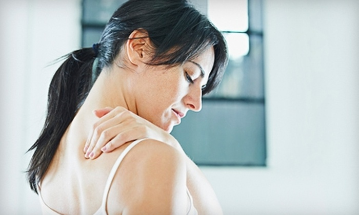 Oregon Natural Health Clinic - Oldtown: $49 for a Chiropractic Exam, Adjustment, and Sports Massage or Reiki Treatment at Oregon Natural Health Clinic in Lake Oswego ($287 Value)