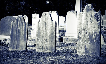 Garden District Tour at 11:30 a.m. for 1  - Haunted History Tours in New Orleans