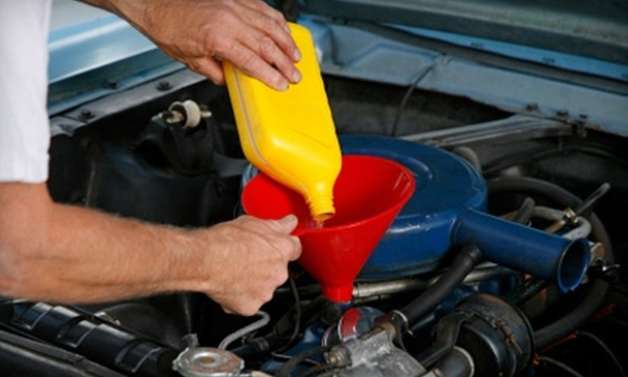 One Stop Auto Repair - Morningside: $8 for a Regular Oil Change at One Stop Auto Repair ($19.99 Value)