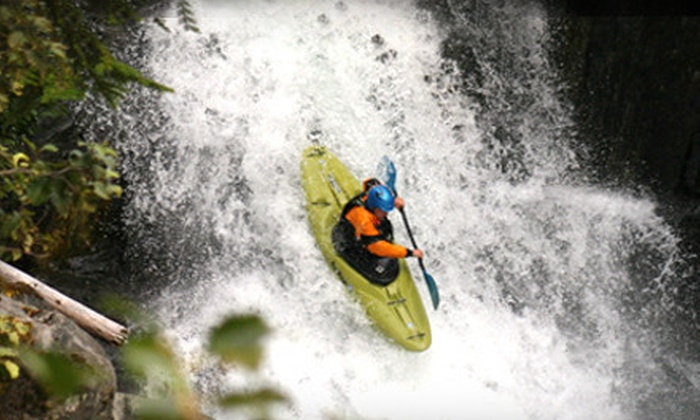 Aquabatics - Calgary: $40 for a 2.5-Hour Introductory Kayak Lesson from Aquabatics ($82.95 Value)