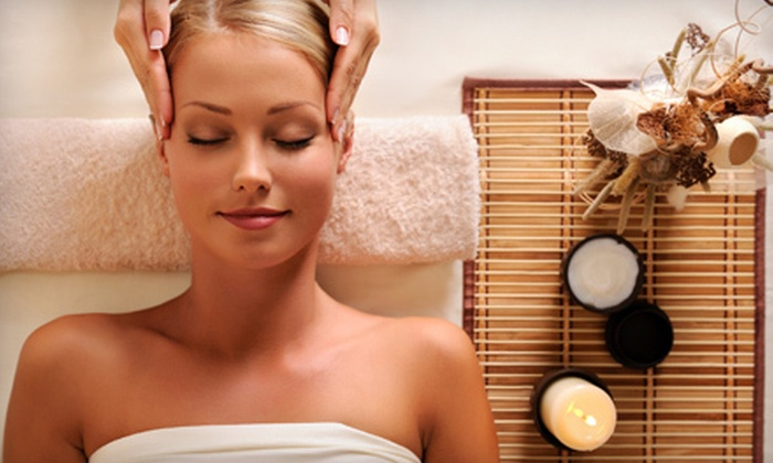 Utopian Salon & Wellness - Palm Aire Plaza: $73 for a Spa Paradise Package with Massage, Facial, and Reflexology at Utopian Salon & Wellness ($150 Value)