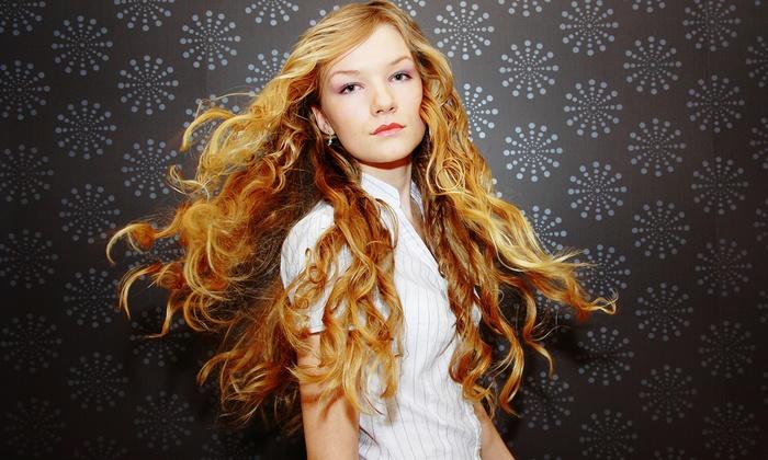 Lillette's Hair Studio - Saskatoon: $144 for a Full Head of 16-Inch Hair Extensions at Lillette's Hair Studio ($289.99 Value)