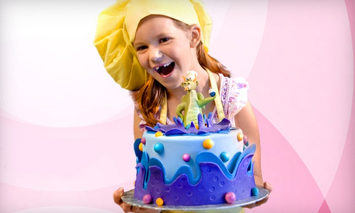 Sweet Wise - Penningtom Bend:  $68 for Two All-Inclusive Two-Hour Cake-Decorating Classes at Sweet Wise (Up to $170 Value)