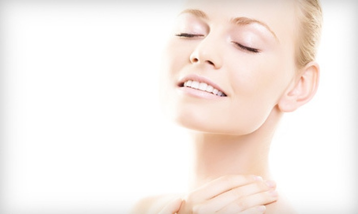 LA Laser and Skin Center - Little Persia,Westwood: $85 for a HydraFacial Treatment at LA Laser and Skin Center ($175 Value)