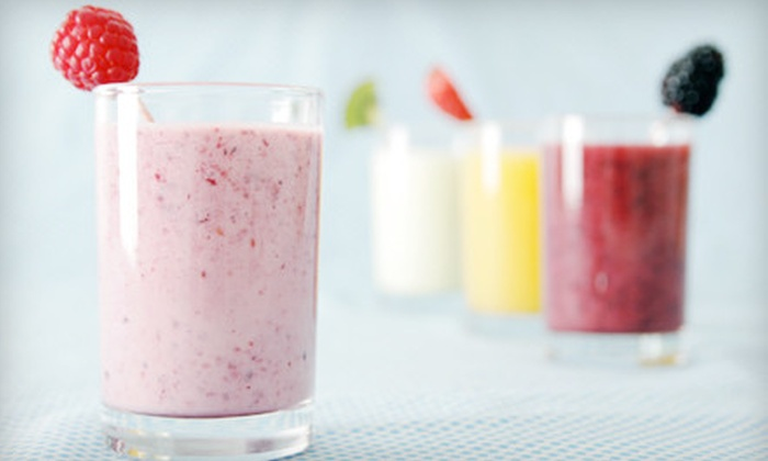 Jiggle Berry Juice Bar - Downtown Amarillo: Five 16-Ounce or 24-Ounce Smoothies at Jiggle Berry Juice Bar (Up to 53% Off)