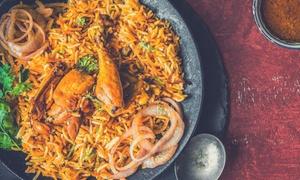 Food Village: Menu indiano con 3 portate principali e dolce per 2 o 4 persone al ristorante Food Village (sconto fino a 55%)