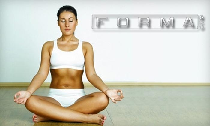 Forma Gym - Downtown Walnut Creek: $25 for 20 Drop-In Yoga, Pilates, and Fitness Classes and One Private Yoga Session at Forma Gym in Walnut Creek