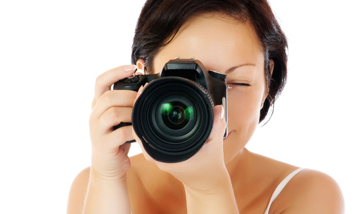 Nozomi Live Photography & Design - Detroit: $49 for Three-Hour Beginner DSLR Photo Class with Urban Photo Tour from Nozomi Live Photography & Design ($120 Value)