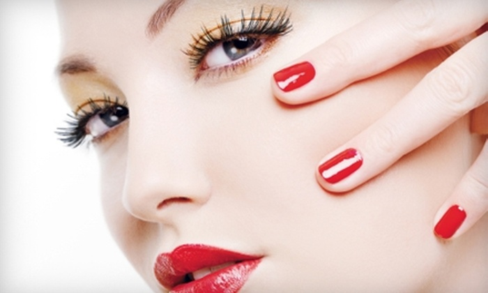 Exquisite Nail Boutique - Loop: $32 for No-Chip Manicure and Exfoliating Hand Massage at Exquisite Nail Boutique ($65 Value)