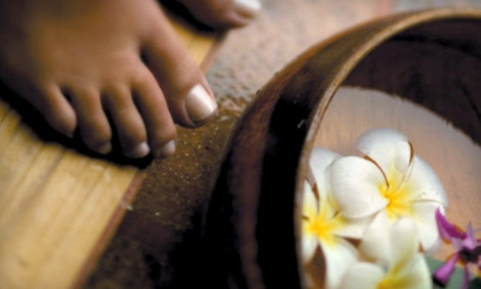 Applause Salon - Downtown Scottsdale: $33 for a Mani-Pedi at Applause Salon in Scottsdale ($70 Value)